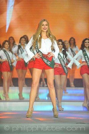 Karolína Mališová na Miss Earth 2015ve Vídni.