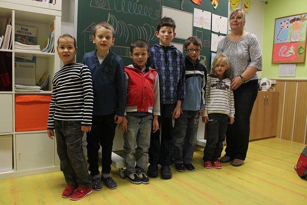 Žáci ze ZŠ Slezského odboje vOpavě, I. třída