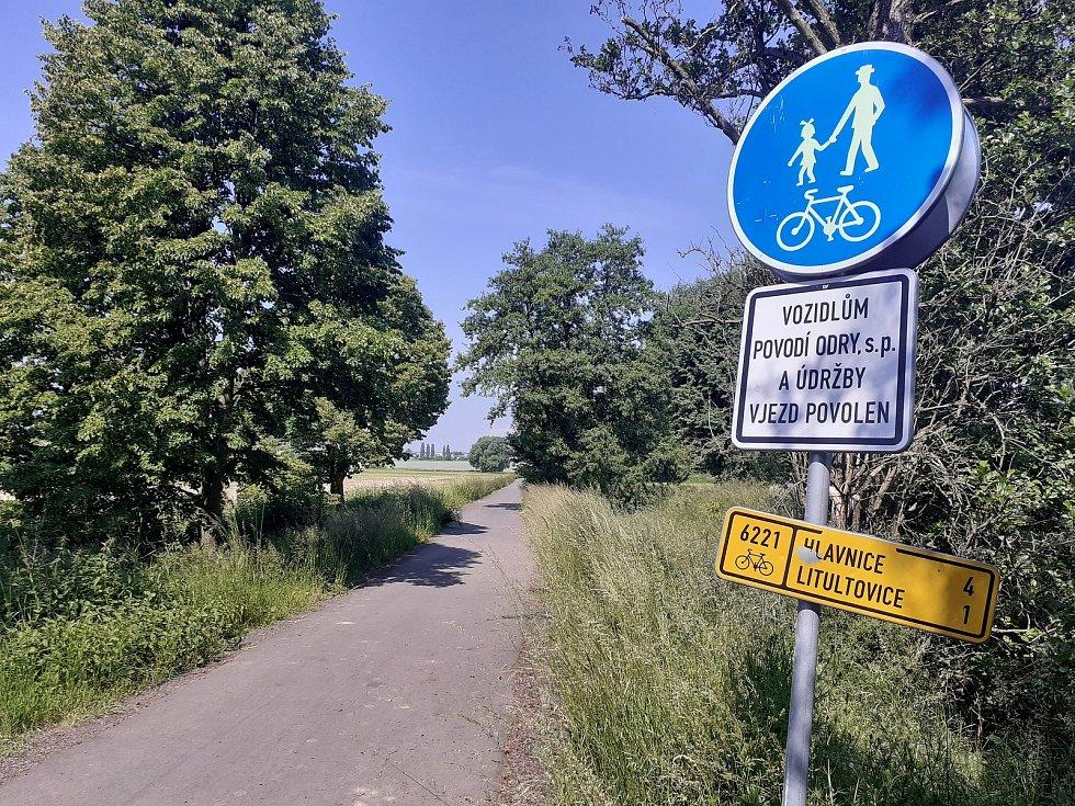 Cyklostezka na Litultovice.