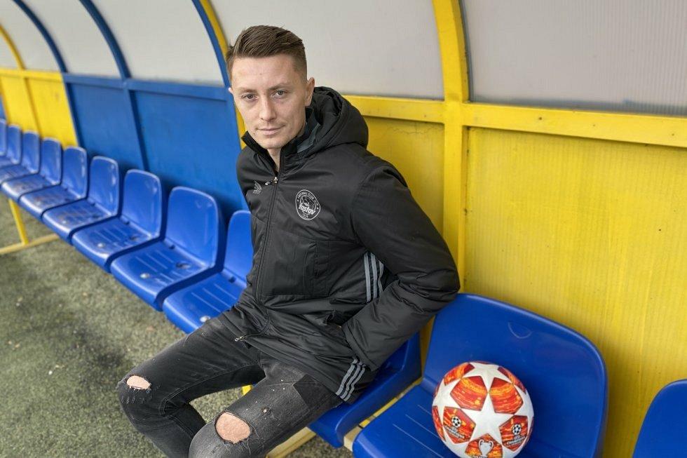 Sedmadvacetiletý stoper Dominik Simerský se v pondělí hlásil na Letné, kde se připojil ke zlínskému týmu. Foto: FC Fastav Zlín