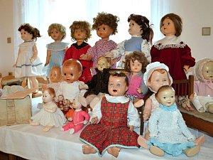 Výstava panenek v Hlubočci
