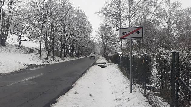 Dubnový sníh v Jakubčovicích a okolí, 13. dubna 2021.
