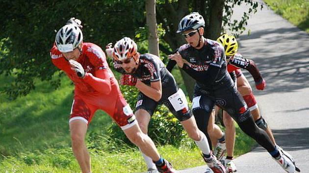 Michal Pěčonka (číslo 31) byl na půlmaratonu z Opavanů nejrychlejší. Mezi muži dojel jako devátý. Hned za ním jede vítěz sprintů a nová opavská posila Jiří František.
