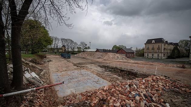 Areál bývalých Dukelských kasáren v Opavě.