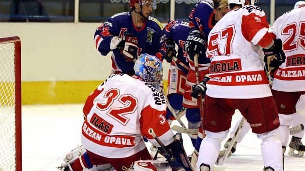 Opavští hokejisté remizovali na úvod v Karviné.