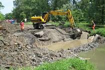 Rekonstrukce zcela uzavřela silnici mezi Dolním Benešovem a Hájem ve Slezsku.