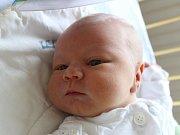 Roman Mac se narodil 15. října, vážil 4,29 kilogramů a měřil 53 centimetrů. Rodiče Denisa a Roman z Kobeřic mu přejí hlavně zdraví, štěstí a dobré lidi kolem sebe. Na Románka už doma čeká brácha Marek.