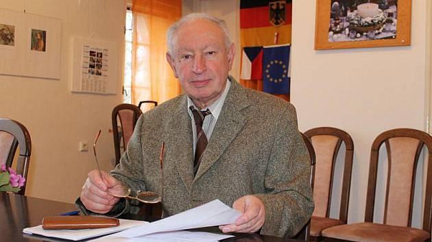 Pro předsedu Slezského německého svazu Güntera Kořínka je prosazení památníku v Opavě jednou z priorit v jeho funkci.
