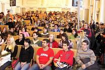 Den otevřených dveří na Slezské univerzitě v Opavě přilákal nedávno více než šest stovek uchazečů o studium.