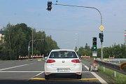 Na řidiče čekají zejména v dopravní špičce dlouhé kolony.