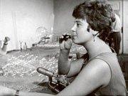 Výrobní družstvo Slezská tvorba patří od roku 1951 mezi největší a nejstarší výrobce skleněných ozdob.