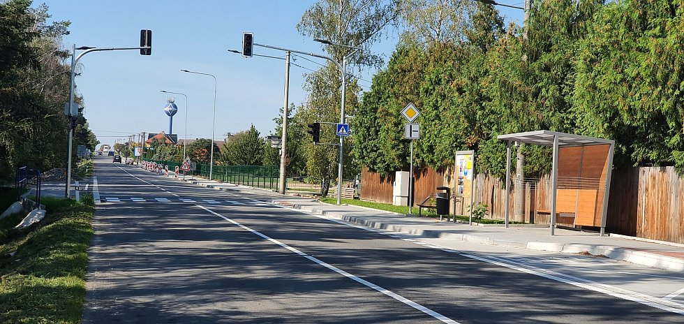 Obec Slavkov - přechod u školy.