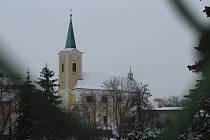 Kostel sv. Anny ve Slavkově u Opavy.