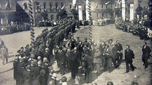 Na severu Moravy a ve Slezsku vznikal československý stát s velkými obtížemi.