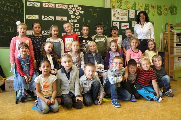 Žáci ze ZŠ Edvarda Beneše vOpavě, třída I.A
