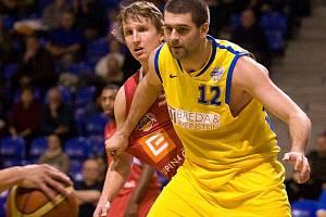 BK Breda & Weinstein Opava - ČEZ Basketball Nymburk 54:107