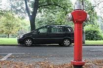 Hydrant v ulici Na Rybníčku. Ilustrační foto.