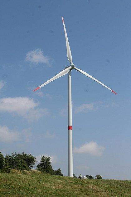 Větrné elektrárny.