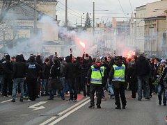Před derby mezi Slezským FC a ostravským Baníkem v roce 2017 bylo zadrženo na 50 fanoušků.