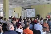 O debatu v prostorách Slezanky byl mezi obyvateli města velký zájem.