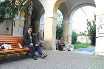 Bývalý kameník Milan alias Čina žije už třináct let na ulici.
