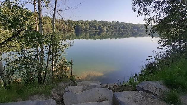 Stříbrné jezero v Opavě, červen 2021.