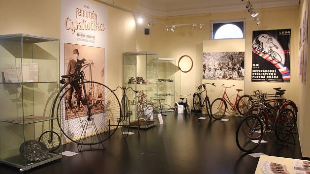 Výstava trvá do 4. října.