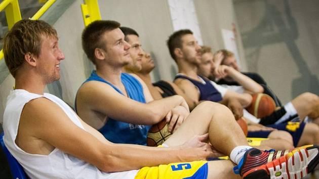 V pondělí v deset hodin dopoledne zahájil bronzový medailista z Opavy přípravu na novou sezonu.