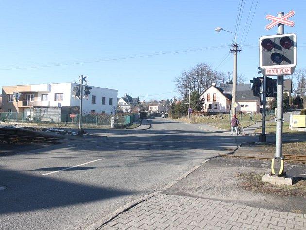 Ulice Gudrichova v Kylešovicích bude od začátku března až do konce listopadu uzavřena. Lidé se budou muset připravit na komplikace v dopravě a objížďky.