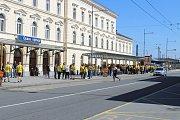 Fanoušci SFC Opava odjeli speciálně vypraveným vlakem do Ostravy.
