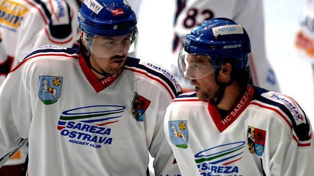 Vladimír Holík (vlevo) dohraje letošní soutěžní ročník v Banské Bystrici.