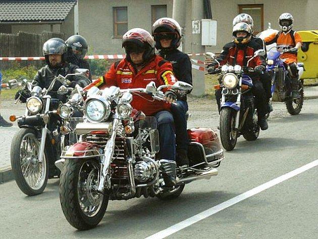 Opavskem opět projede spanilá jízda motorkářů z domoradovického srazu.