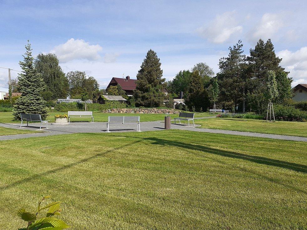 Park v Oticích.