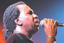 Jamajský zpěvák skupiny dub.o.net Vincent Bobo Richards.