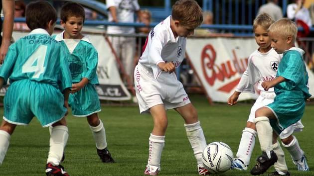 Součástí fotbalového odpoledne byl také zápas benjamínků.