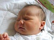 Maya Hlaváčková se narodila 14. srpna, vážila 3,49 kilogramů a měřila 49 centimetrů. Rodiče Petra a Aleš z Opavy jí přejí, aby byla v životě zdravá a spokojená nejen sama se sebou, ale také se svou rodinou. Na sestřičku se doma těší brácha Daniel.