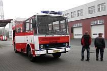 Výjezdová jednotka sboru dobrovolných hasičů se může pyšnit novou chloubou, LIAZEM 101 CAS 25 L.
