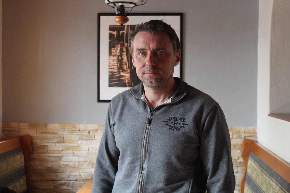 Majitel restaurace Viktor Hořínek.