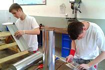 Úspěšní studenti Středního odborného učiliště stavebního v Opavě.