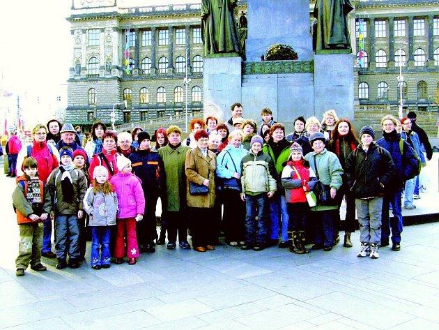 Dům dětí a mládeže Hlučín uspořádal výlet do Prahy.