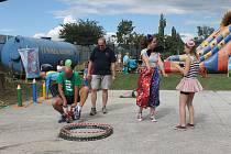 Velká obecní veselice nabídla program velkým i malým návštěvníkům.