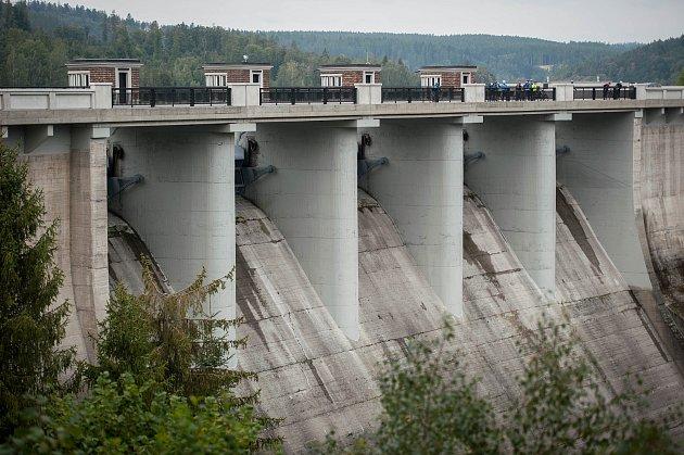 Zrekonstruovaná koruna a oprava návodního líce vodního díla Kružberk, 19.zaří 2017.
