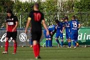 Vlašim - Zápas 23. kola Fortuna národní ligy mezi FC Vlašim a SFC Opava 22. dubna 2018 ve Vlašimi. Hráči Vlašimi, gól.