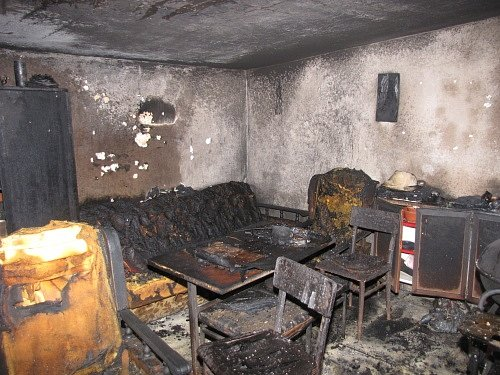 Požár chatky vzahrádkářské osadě Zátiší.