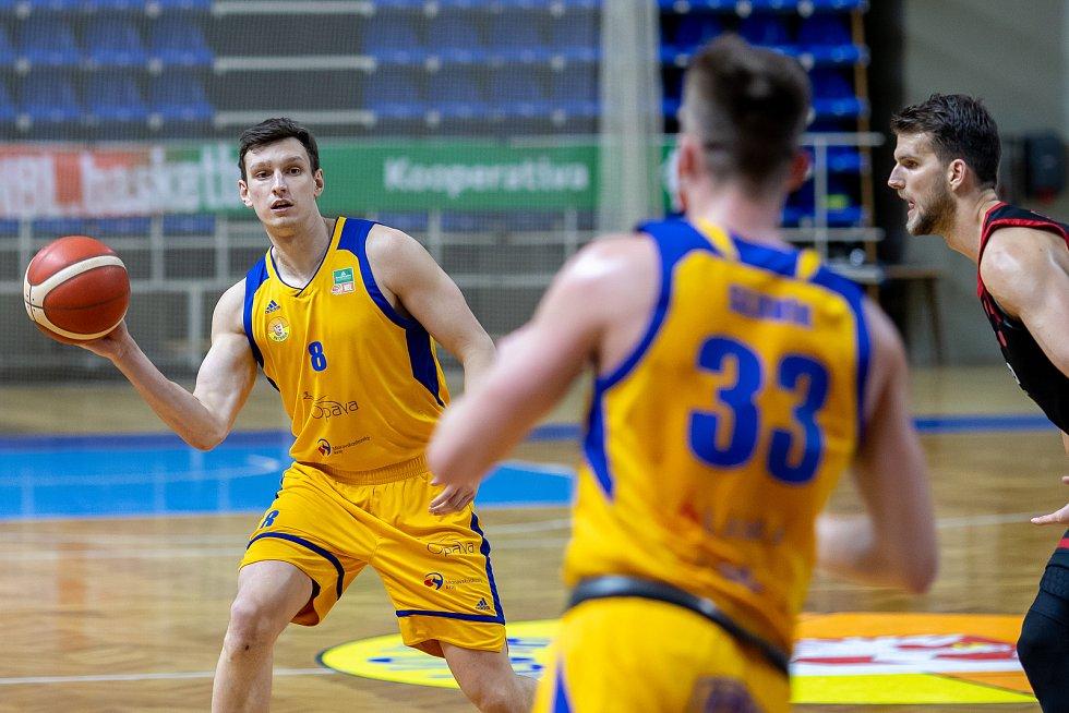 BK Opava-ERA Basketball Nymburk 74:99