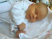 Maxmilián Byrtus se narodil 28. července, vážil 4,19 kilogramů a měřil 53 centimetrů. Rodiče Petra a Marek z Hradce nad Moravicí mu přejí mnoho zdravíčka, lásky, pochopení, štěstí a spokojenosti. Na Maxmiliána už doma čekají sestřičky Natálka a Amálka.
