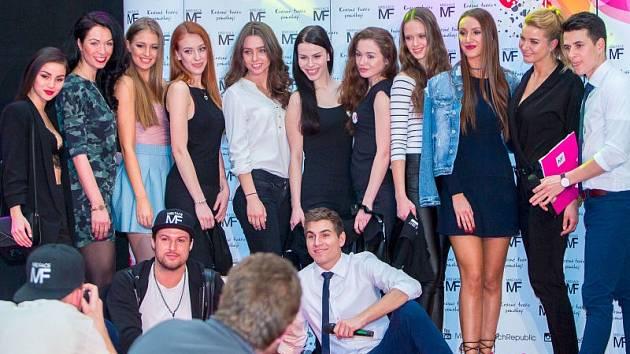 V Obchodním centru Breda&Weinstein se vybíraly ty nejkrásnější dívky do semifinále soutěže Miss Face. Nakonec jich z opavského castingu postoupilo celkem pět.