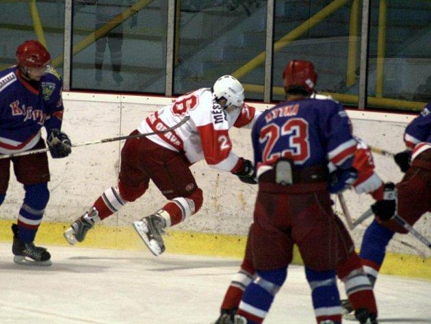 Hokejisté opavského Slezanu vstoupí zápasem s Karvinou do II. ligy.