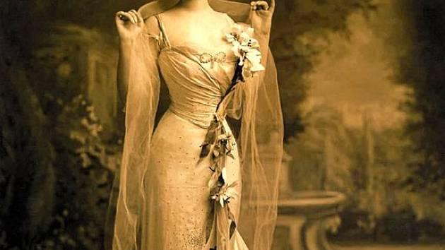 Jak žila kněžna Daisy, se budou moci zájemci dozvědět z nové výstavy fotografií v Kravařích.