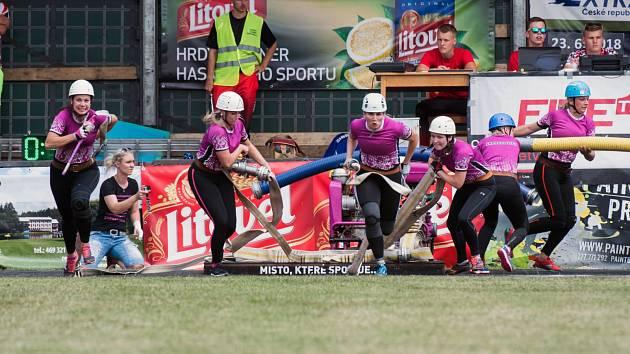 Sportovní hasičky ze Skrochovic prožily sezonu z kategorie snů.